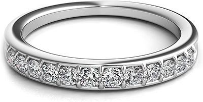 Graduated Pave-Set Diamond Wedding Band