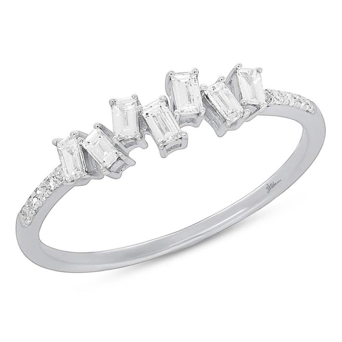 14k White Gold Baguette & Round Diamond Ring