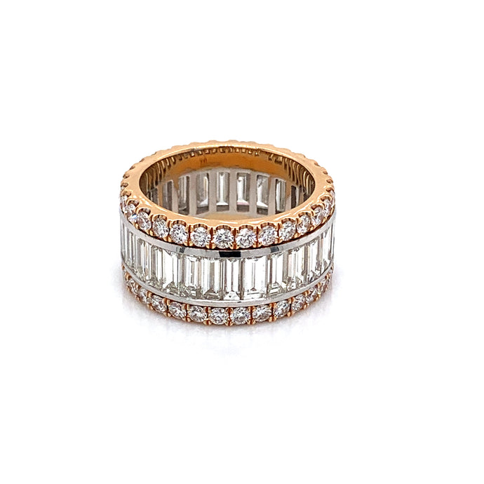 18k Rose Gold Brilliant and Baguette cut Diamond Ring