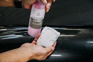 Using Luster Lube on Clay Bar for Lubrication