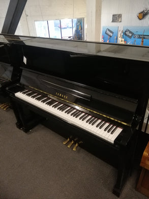 YAMAHA U10BL Upright Piano