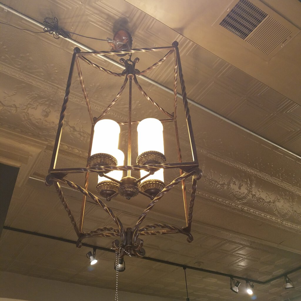 Rustic Bird Cage Candlelight Chandelier