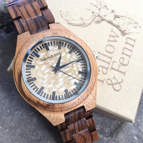 'Devauden' Unisex Wooden Watch In Mid-Brown