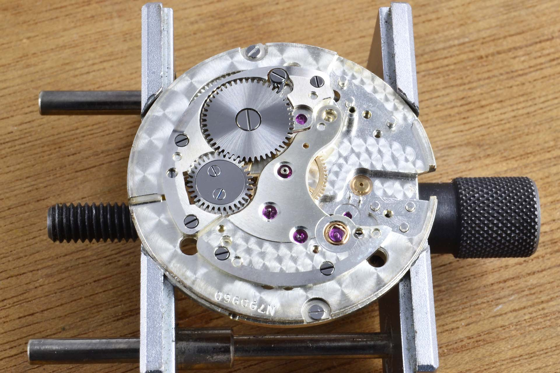 "Rolex 6564 ""Explorer"" calibre 1030 : Restauration"