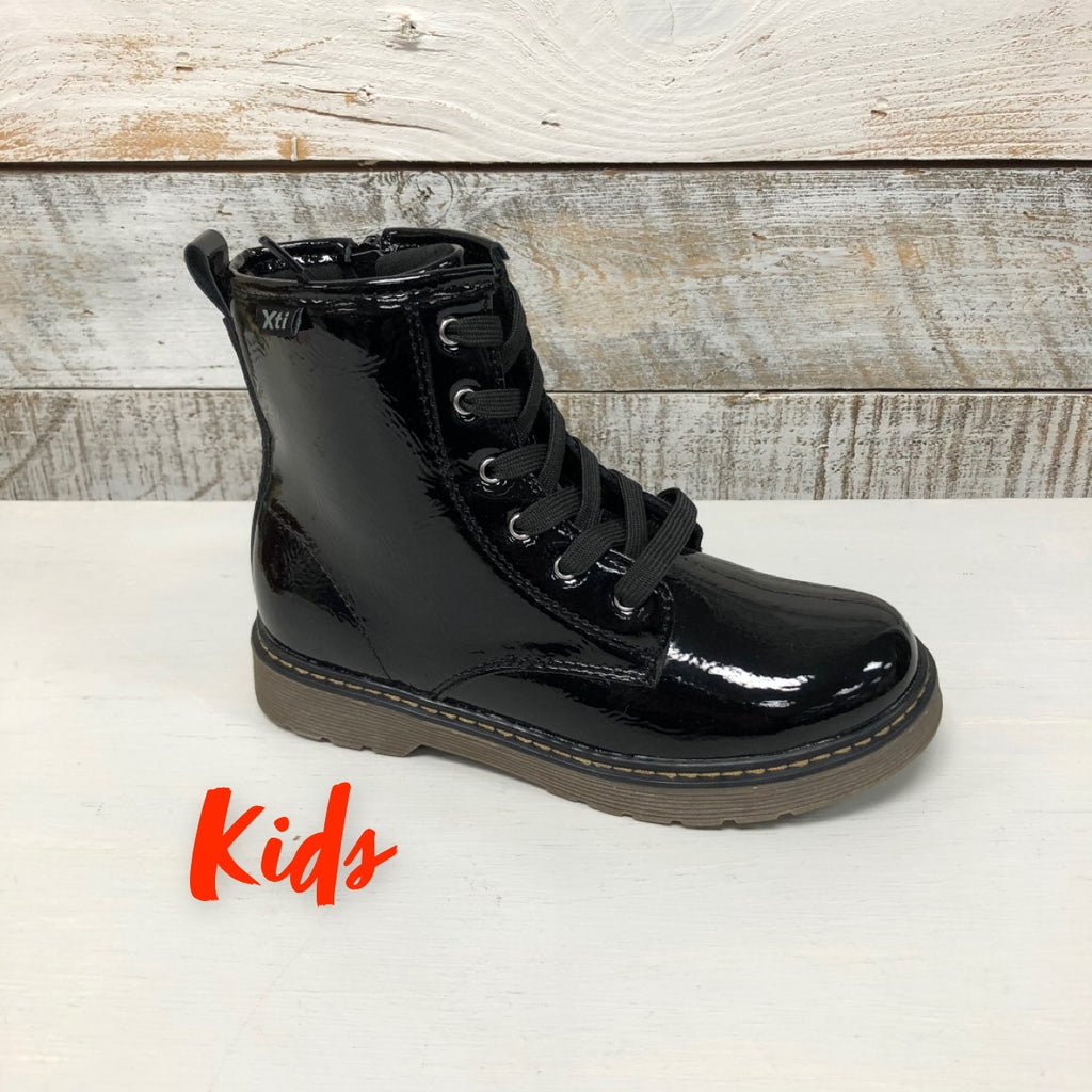 Xti Kids -  Black Patent DM Style Boot