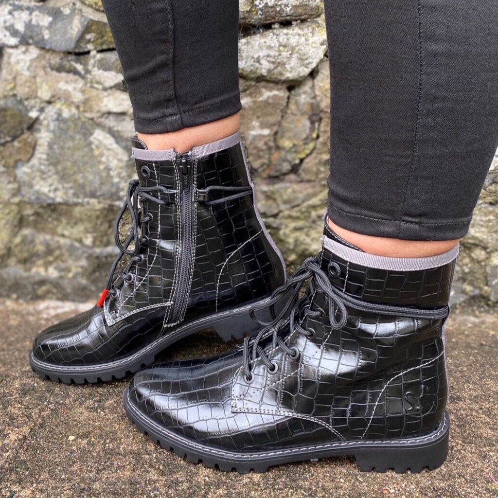 S Oliver- Black Croc Detail Boot