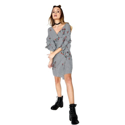 Front - Girls On Film Womens/Ladies Grant Gingham Embroidered Wrap Dress