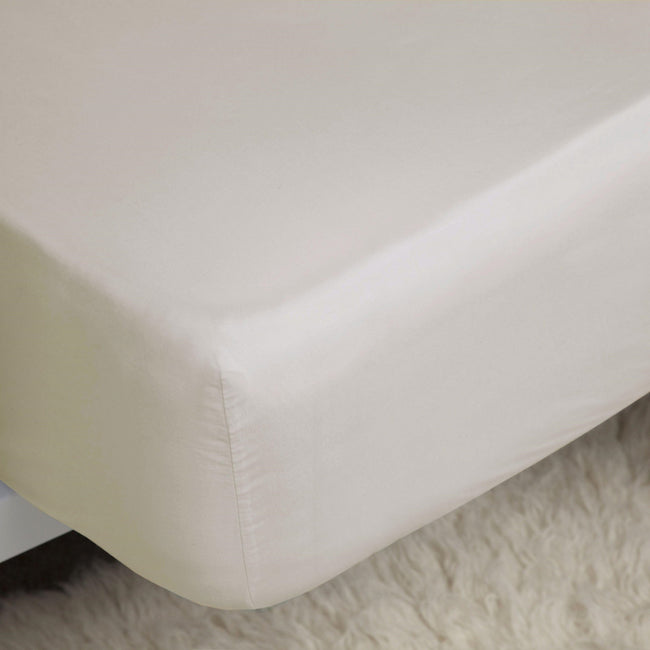 Ivory - Front - Belledorm Easycare Percale Deep Fitted Sheet
