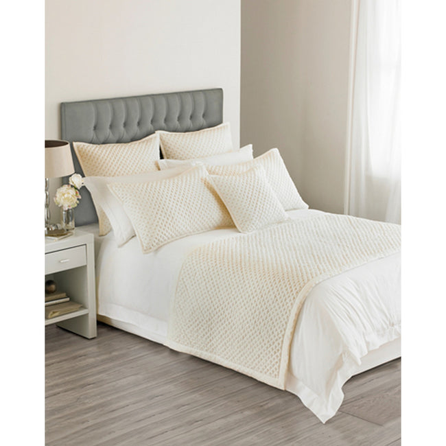 Ivory - Front - Riva Home Limited Edition Charroux Waffle Style Bed Runner