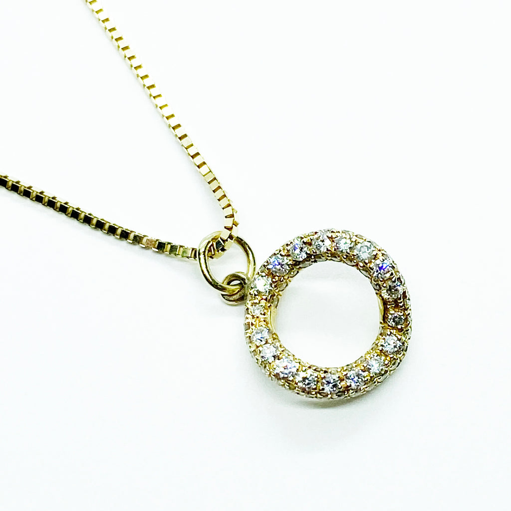 14ky Diamond Circle Pendant - eklektic jewelry studio