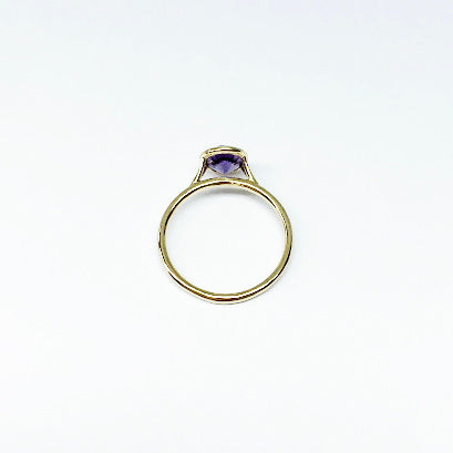 18ky Color Change Synthetic Sapphire Bezel Ring 6mm - eklektic jewelry studio
