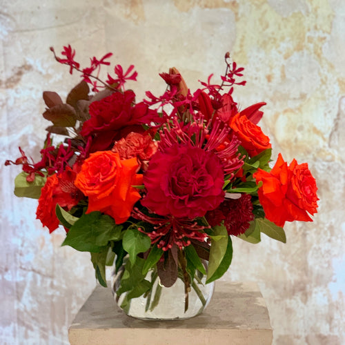 The Autumn Daze flower arrangement is the perfect choice for all occasions, Birthday, Happy Birthday, Anniversary, Sympathy, New baby, Thank-you, Welcome Home, All the Best and can be delivered to any Melbourne Suburbs, Melbourne City, Bayside suburbs and Port Melbourne