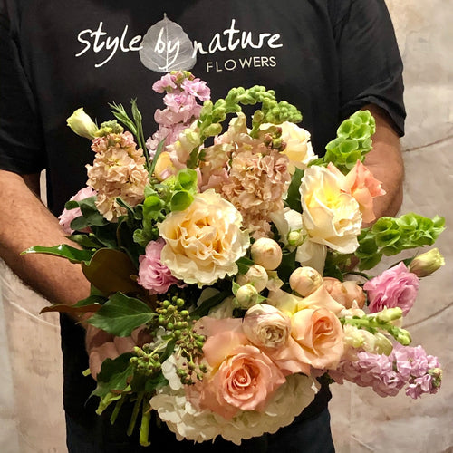 The Best of Nature posy is the perfect florist choice posy for all occasions, Birthday, Happy Birthday, Anniversary, Sympathy, New baby, Thank-you, Welcome Home, All the Best and can be delivered to any Melbourne Suburbs, Melbourne City, Bayside suburbs and Port Melbourne