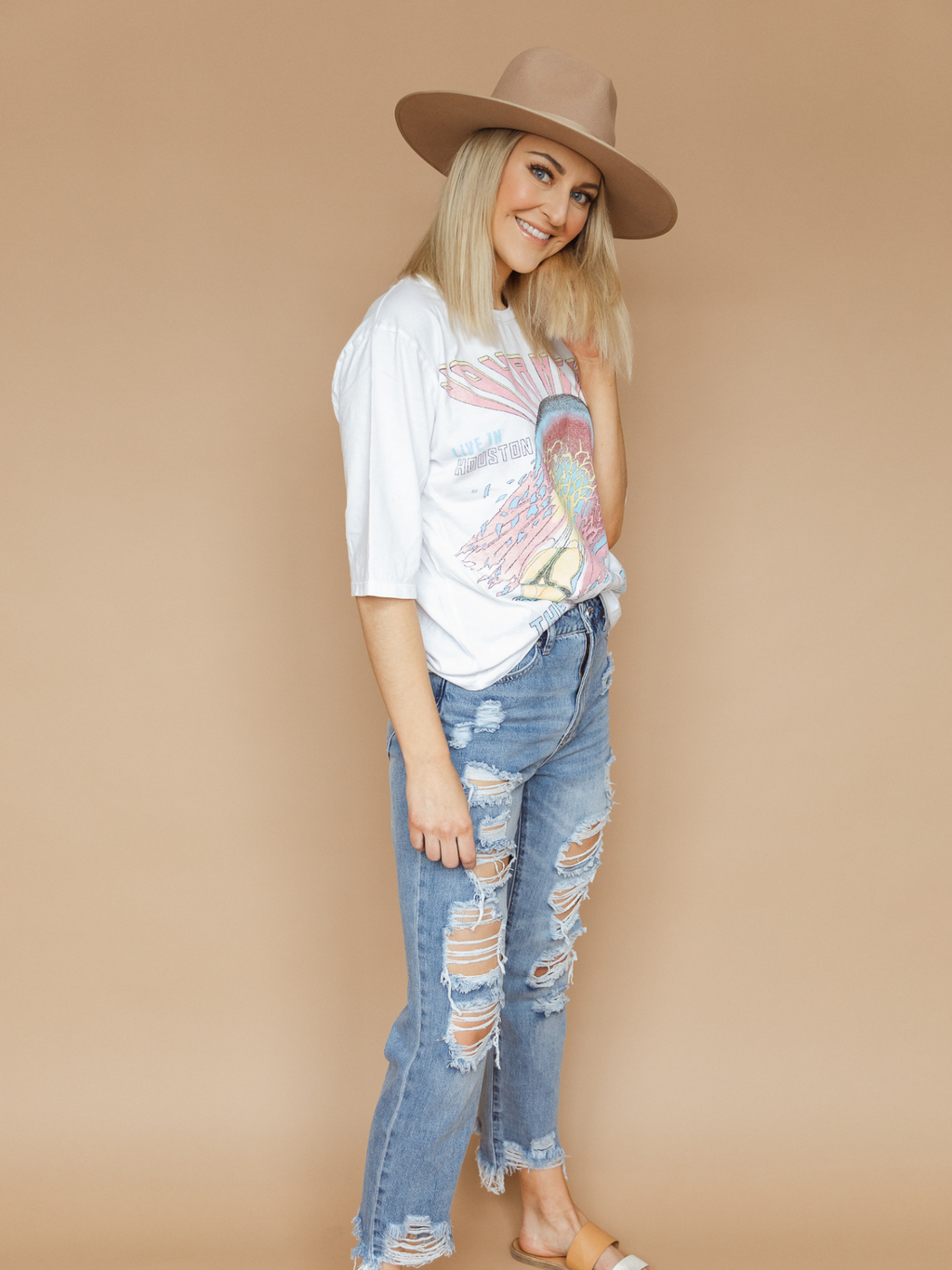 Cali High-Waisted Distressed Girlfriend Jeans
