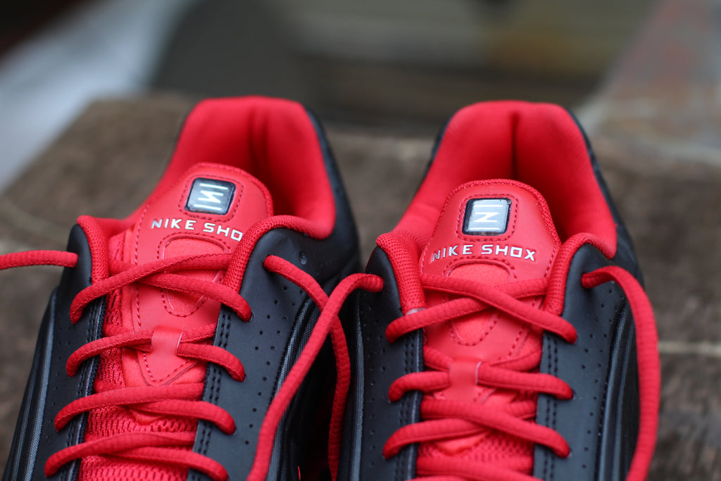 720933daf86 New Nike Shox R4 in the OG Black Red - West NYC