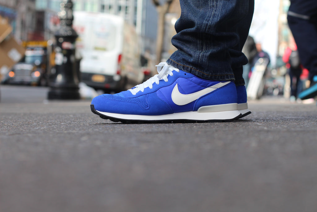 nike internationalist with jeans