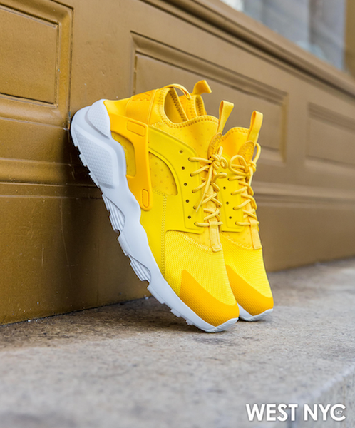 01a858e098d4 While the original Nike Air Huarache was released in 1991