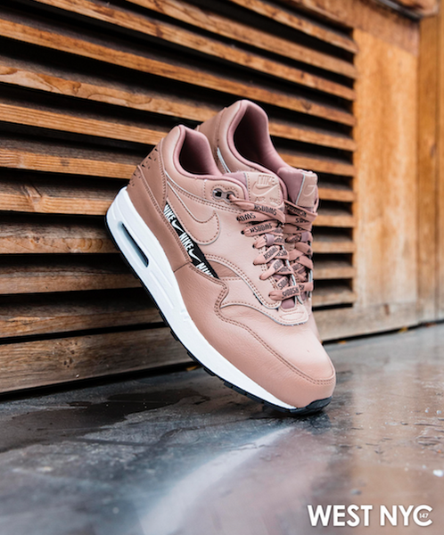 WMNS Nike Air Max 1 SE Overbranded