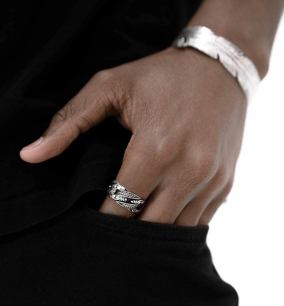 Mens ring/ Silver rings/ Jewelry designer/ Nixir / London/ Men's jewelry