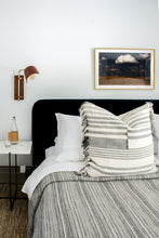 Load image into Gallery viewer, Blue Velvet Bed