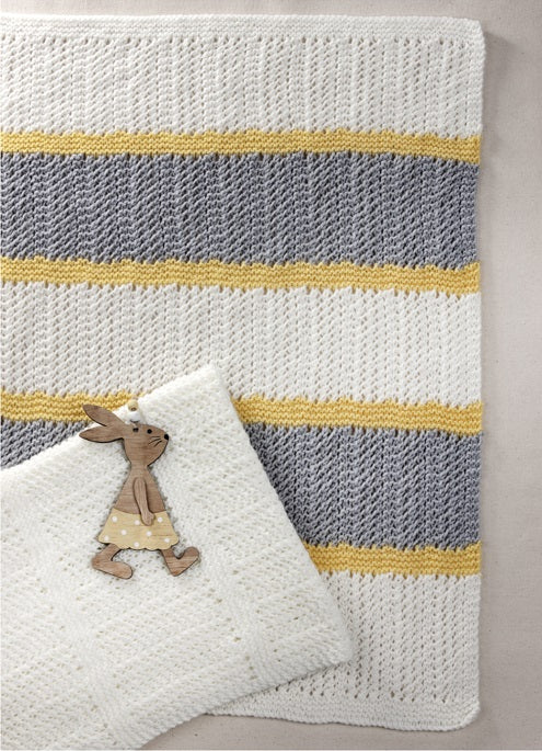 Peter Pan Pattern 1317: Pram Blankets in Peter Pan DK