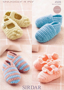 Sirdar Crochet Pattern 4509: Shoes in Snuggly 4 Ply