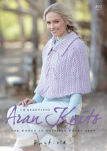 Load image into Gallery viewer, Sirdar Booklet 492: Favourite Aran Knits 10