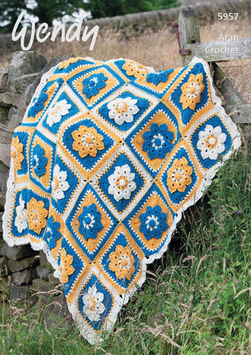 Wendy Crochet Pattern 5957: Flower Throw in Aran with Wool