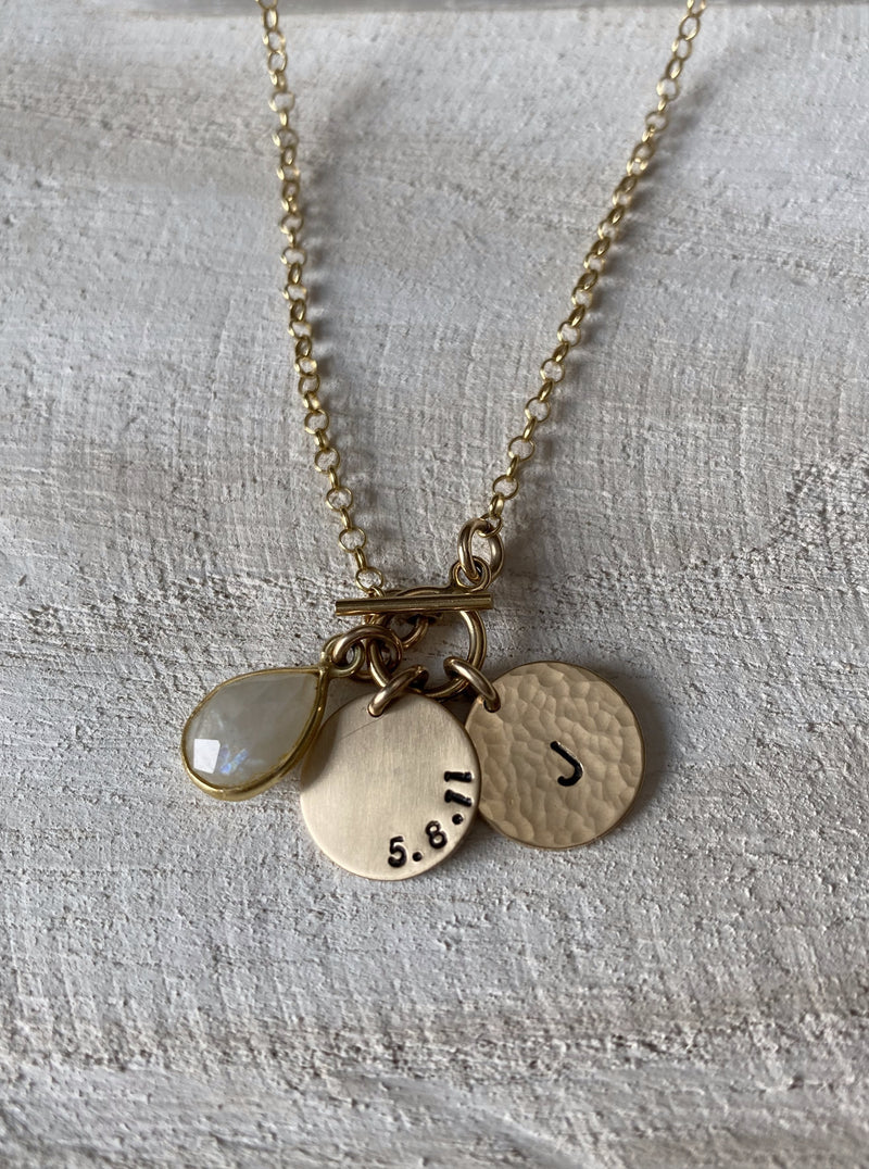 NEW BEGINNINGS | PERSONALIZED QUANTUM NECKLACE