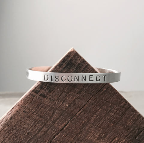 DISCONNECT MANTRA CUFF