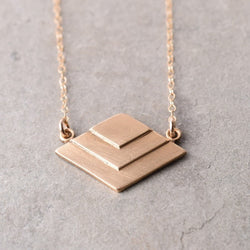 LIL GEOMETRIC NECKLACE