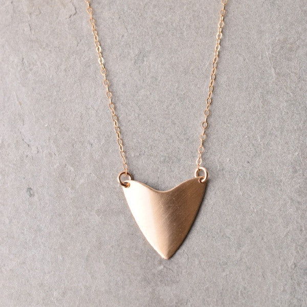 EMME SHIELD NECKLACE