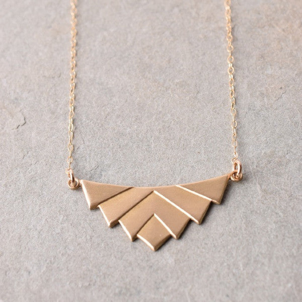 LIV GEOMETRIC NECKLACE