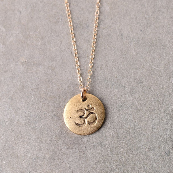SIMPLE OM NECKLACE