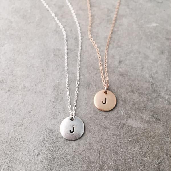 SIMPLE INITAL DISC NECKLACE