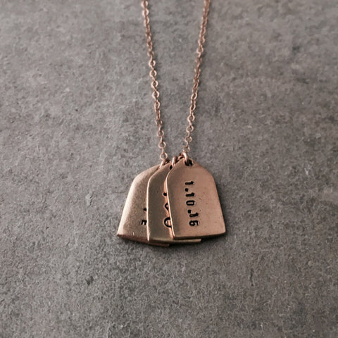 CLASSIC PERSONALIZED TAG NECKLACE