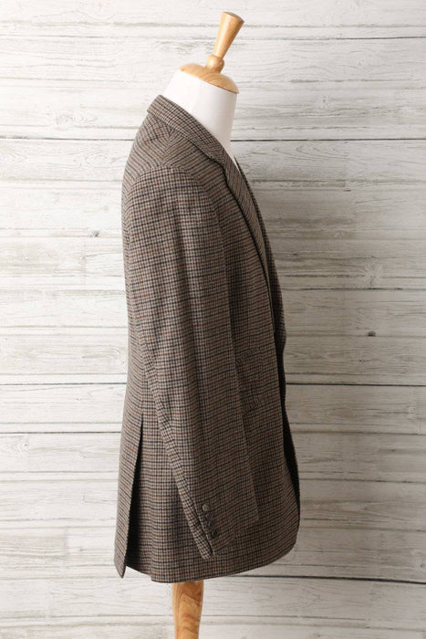 An English Cashmere and Wool Tailored Blazer - Greystones Antiques