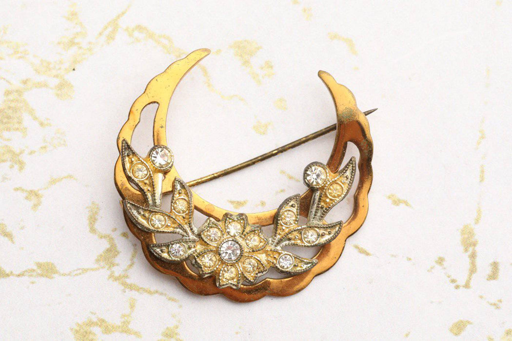Gold Plated Crescent Moon Brooch c.1940 - Greystones Antiques
