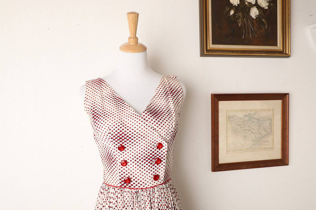 A Classic 1950s Cotton Double Breasted Summer Dress - Greystones Antiques