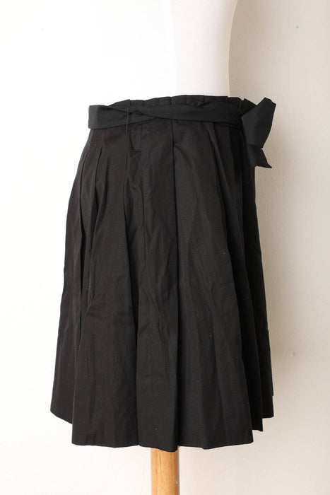 A Chloe Black Pleated Mini Skirt - Greystones Antiques