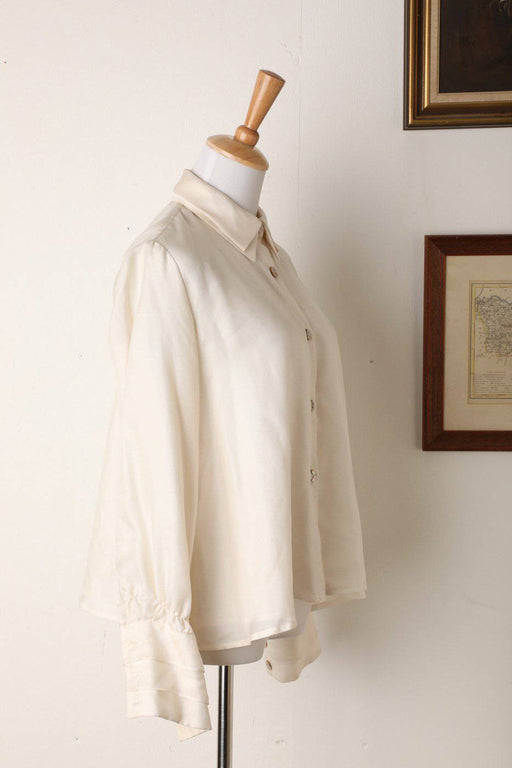 A 100% Silk Renato Nucci Shirt with Shell Buttons - Greystones Antiques