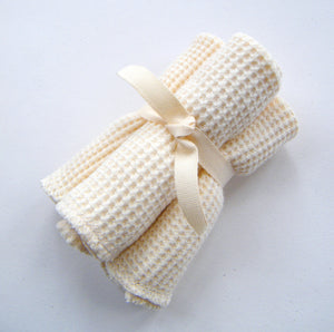 Cherub's Blanket Organic Cotton Little Baby Wash Cloths - Three Pack. Great for bathing a baby, feeding, as organic baby wipes, or to stash in a baby bag for on the road little messes.  Also available in bulk.  Visit www.cherubsblanket.com for information and to purchase.