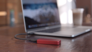 High-Speed Portable SSD 1TB / 2TB