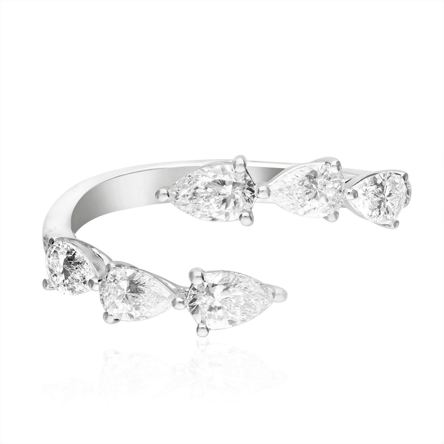 18 Karat White Gold Fashion Pear Diamond Ring