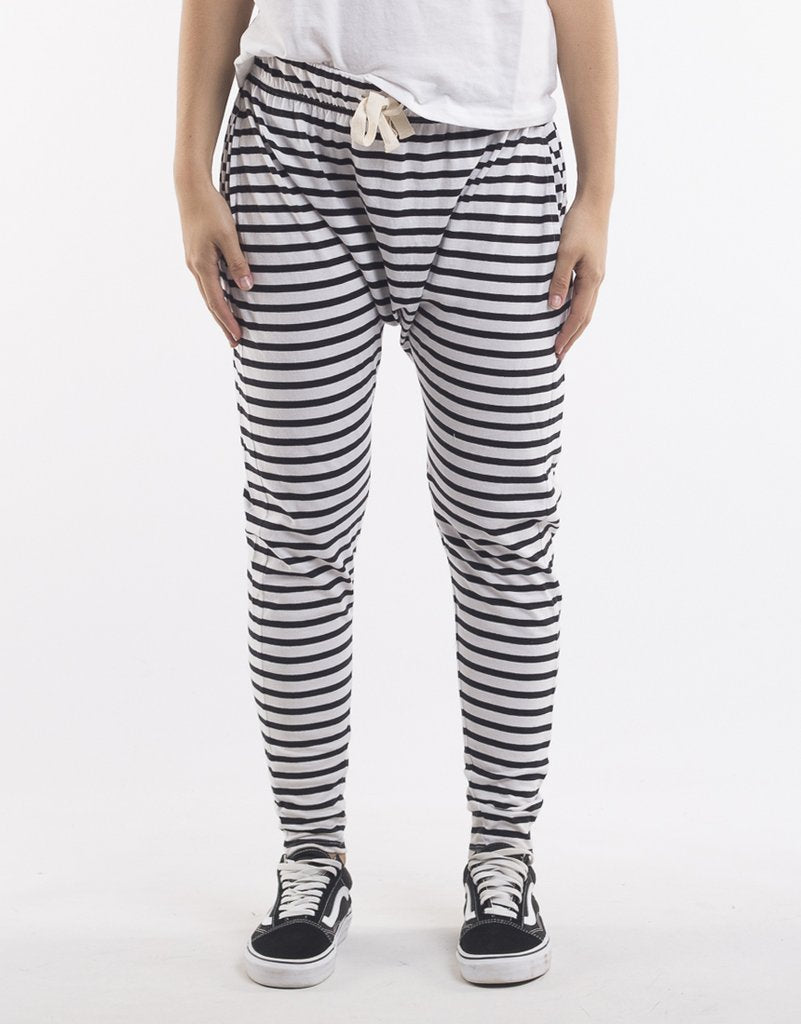 Silent Theory Fluid Strip Pant