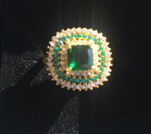 Load image into Gallery viewer, Emerald Green Fun Ring, Size 7, OOAK