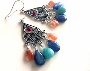 Himara Earrings