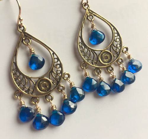 Color of the Year 2020 Filigree GOLD Earrings