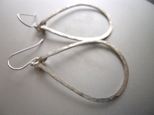 Kristiana Hammered Hoop Earrings in Sterling Size: Small, LEVERBACK