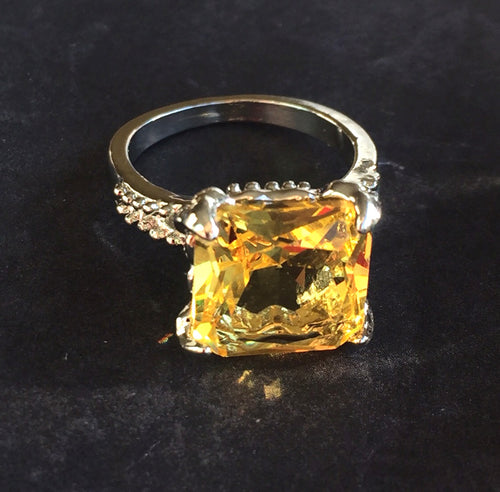 Lemon Topaz Look Fun Ring, 7, OOAK